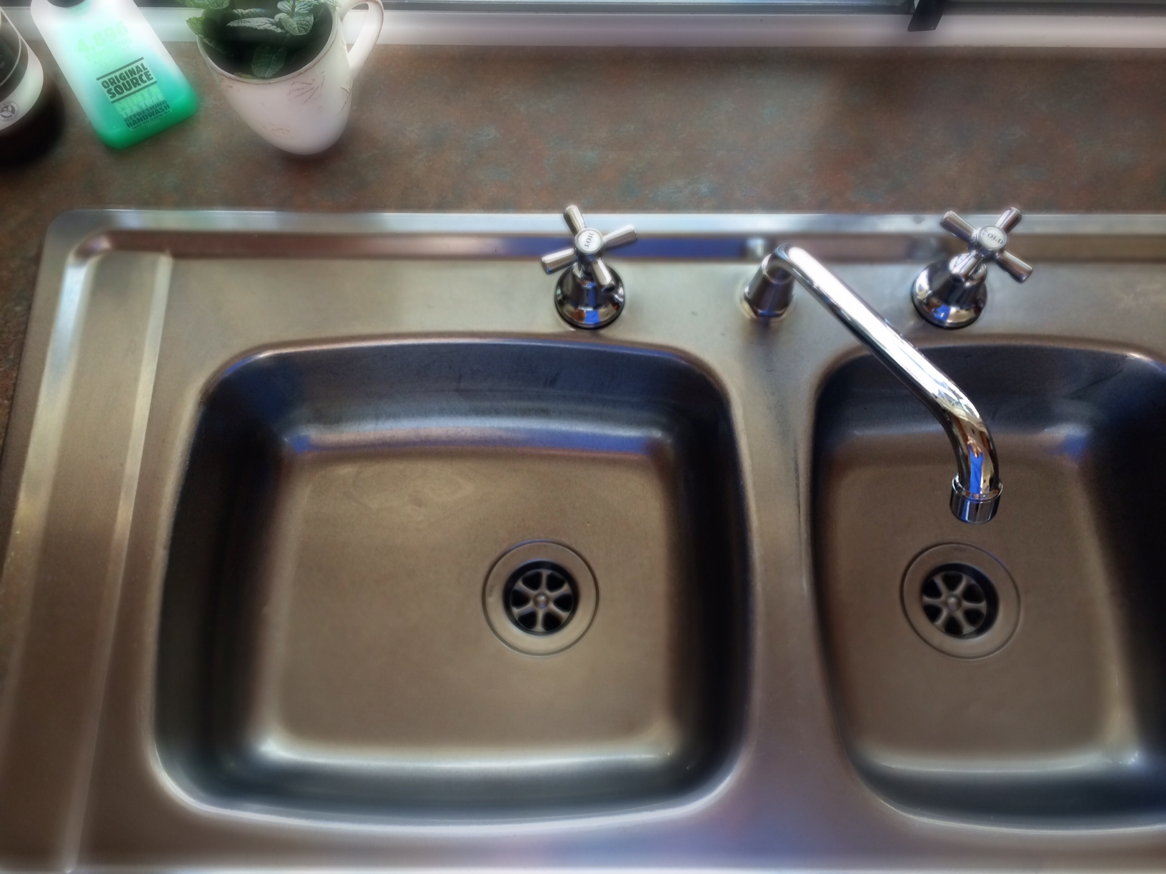 How to clean your kitchen sink without harsh chemicals cooking for busy mums for How to clean your bathroom drain
