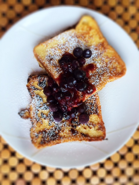 French Toast With Smashed Blueberries