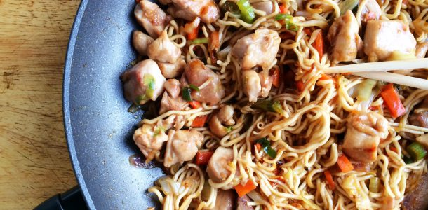 Quick Chicken, Vegetable and Noodle Stir Fry