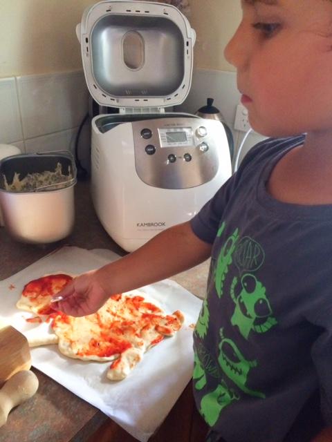 Kambrook Bread Maker Review & Recipes