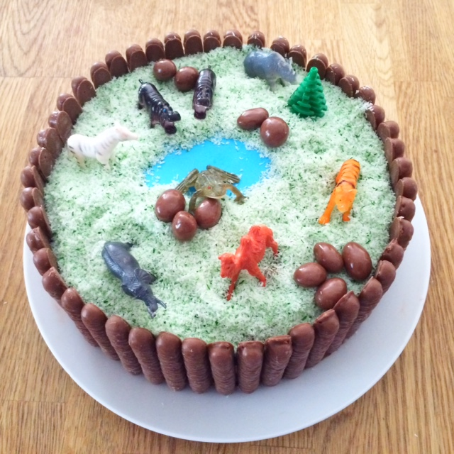 Easy Zoo Cake - Birthday Celebrations