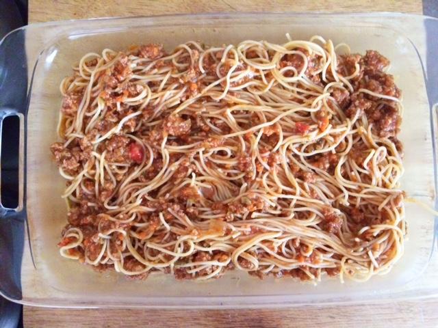 Spaghetti Pie with a Creamy Top
