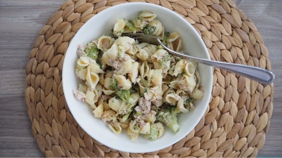 One Pot Tuna and Broccoli Pasta